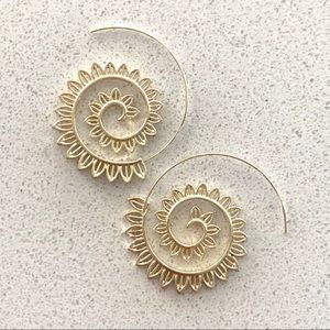 Jewelry - NEW IN! 🌼 Summer Spiral Hoops